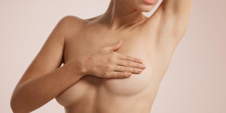 Les meilleurs remèdes pour raffermir les seins