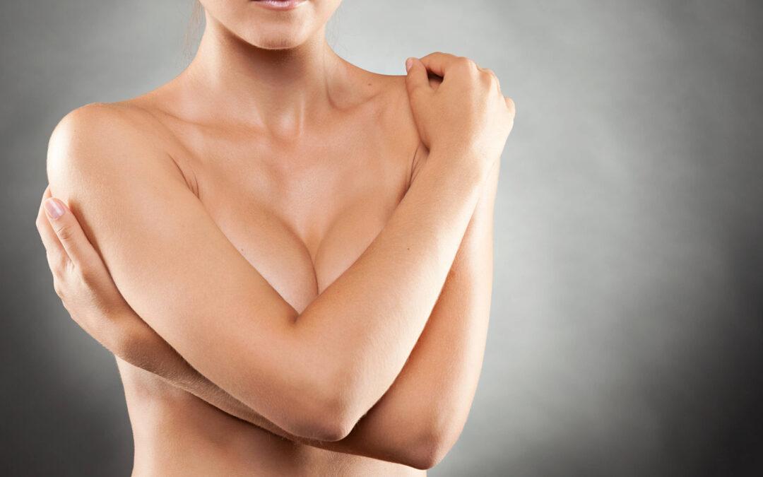 Comment réduire la taille de sa poitrine naturellement ?
