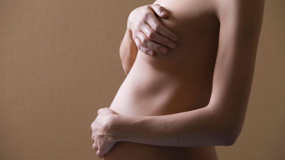 Tout ce qu'il faut savoir sur la poitrine avant, pendant et après la grossesse